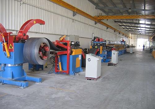 云南高速护栏板连续生产线